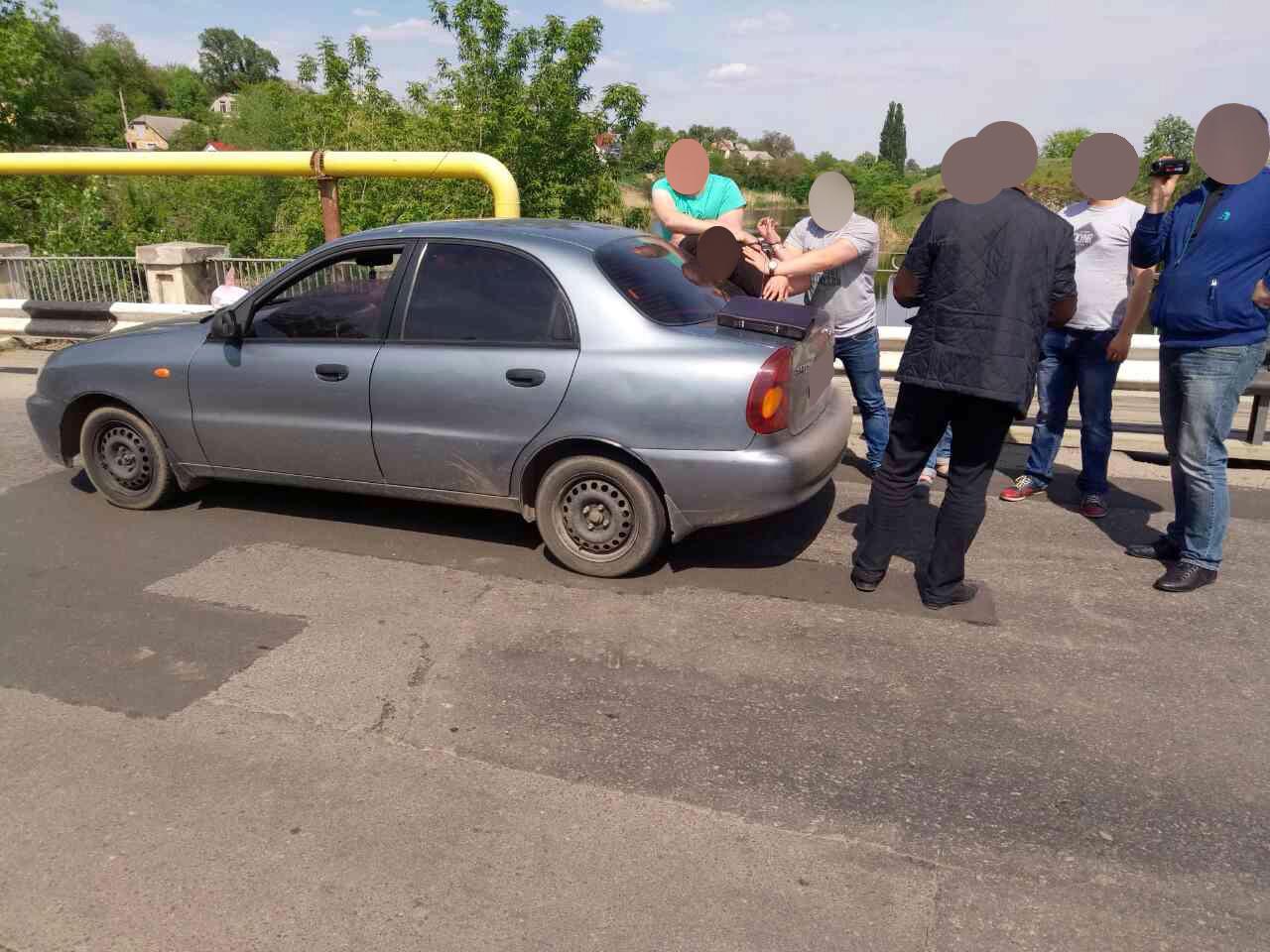 На Черкащині вже третій працівник правоохоронних органів попався на хабарі